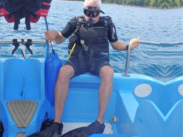 Asaf about to dive in Caño Island