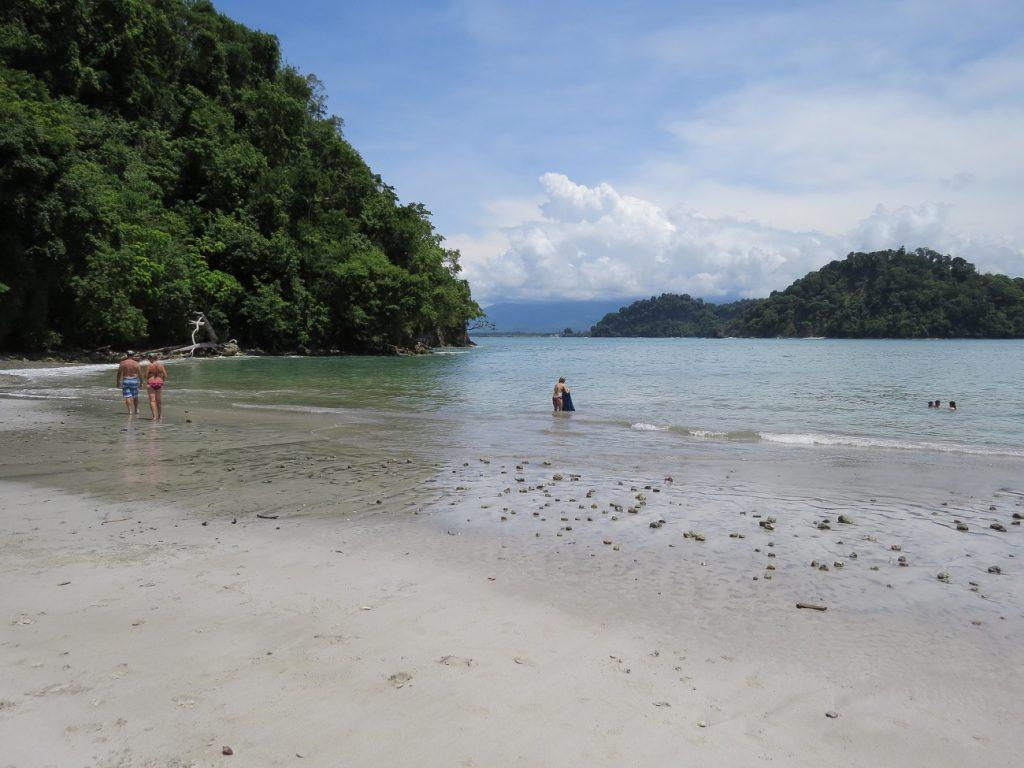 Una playa perfecta en Manuel Antonio, Costa Rica
