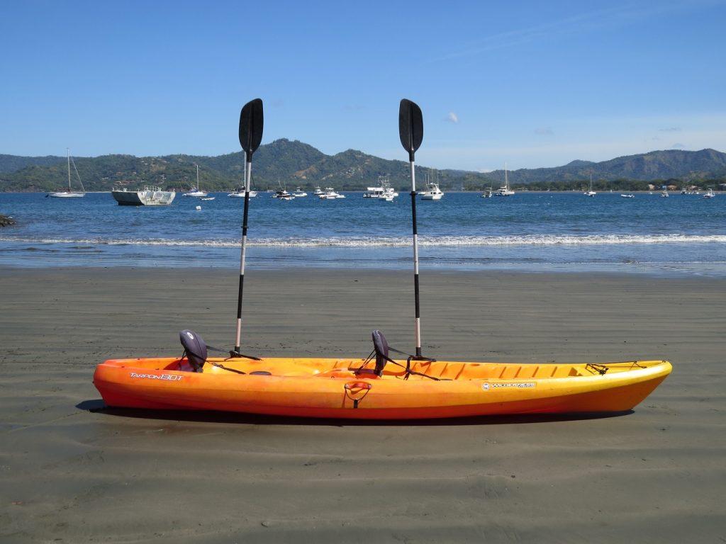 Kayak en Flamingo, Guanacaste en Costa Rica