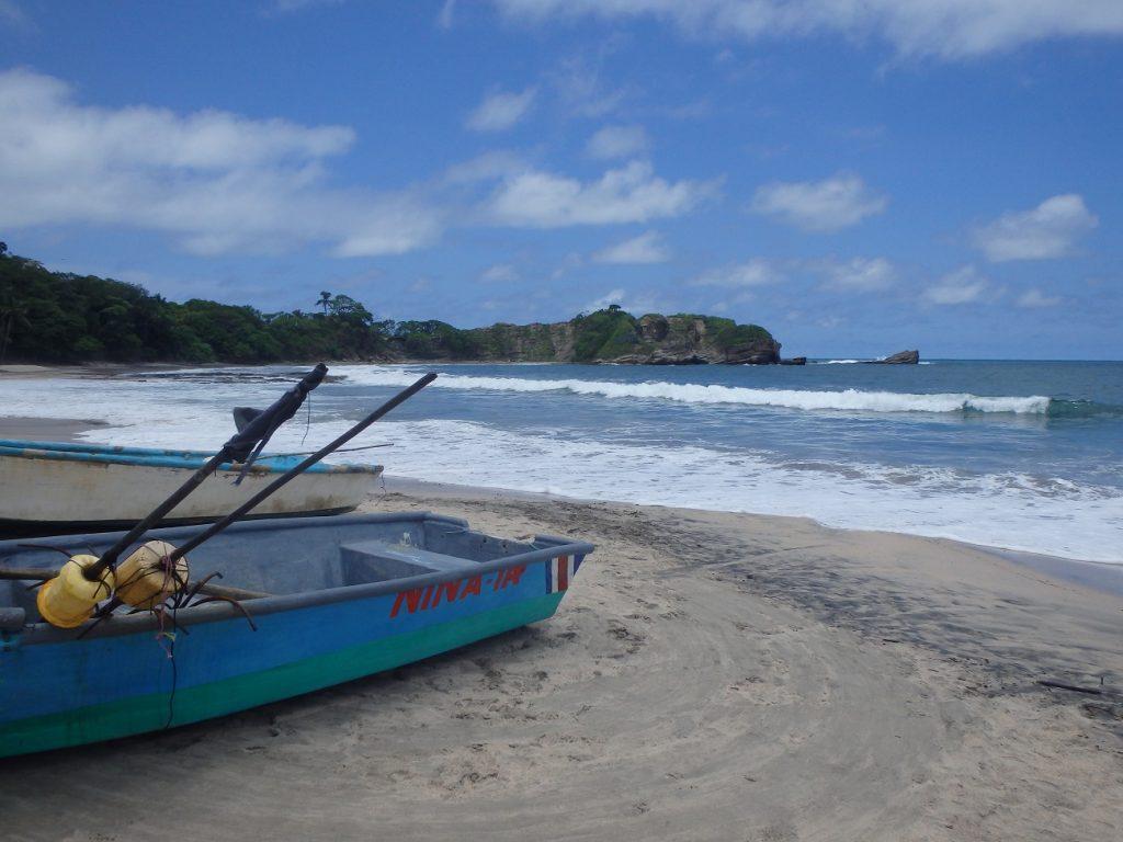 סירות הדייגים במפרצי נוסארה בקוסטה ריקה