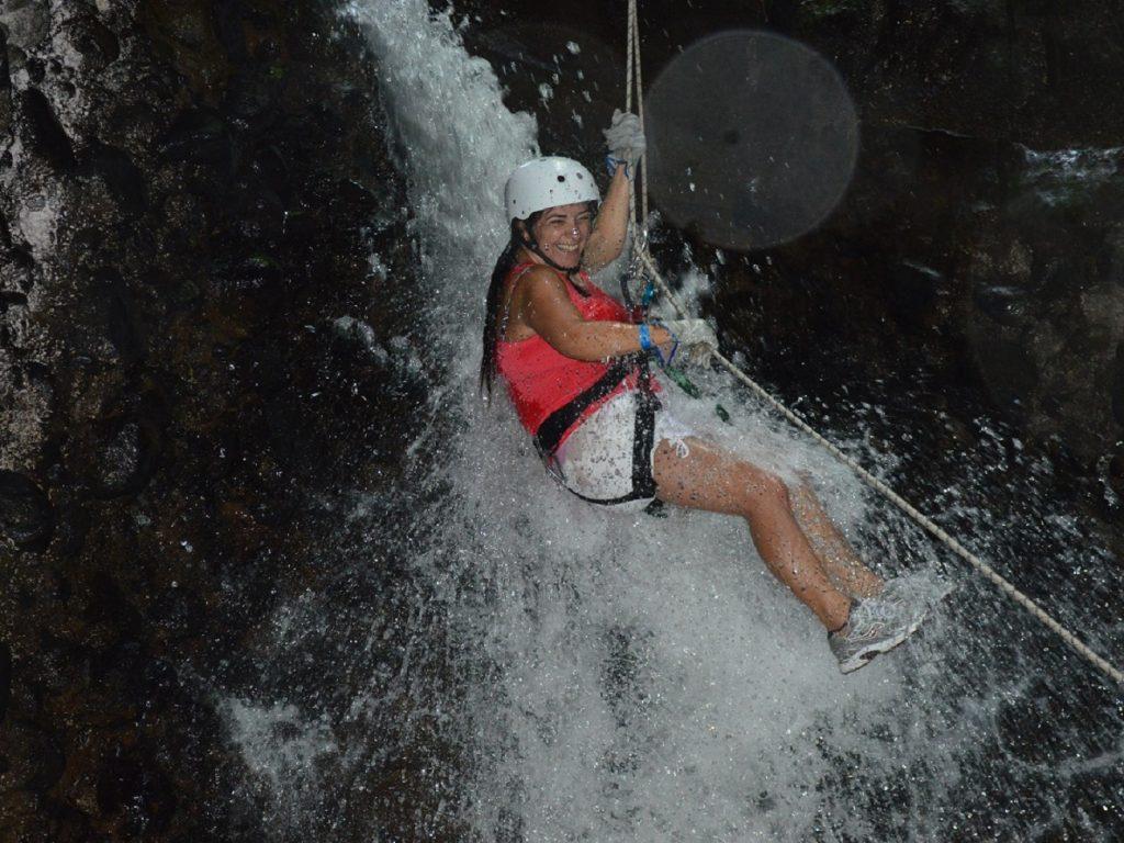 סנפלינג באיזור ארנל בקוסטה ריקה