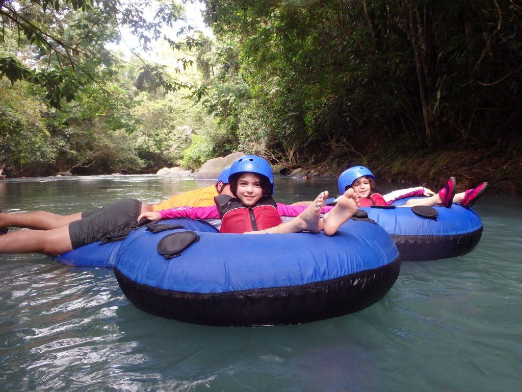 שיט אבובים בקוסטה ריקה, חוויה בטוחה גם לילדים