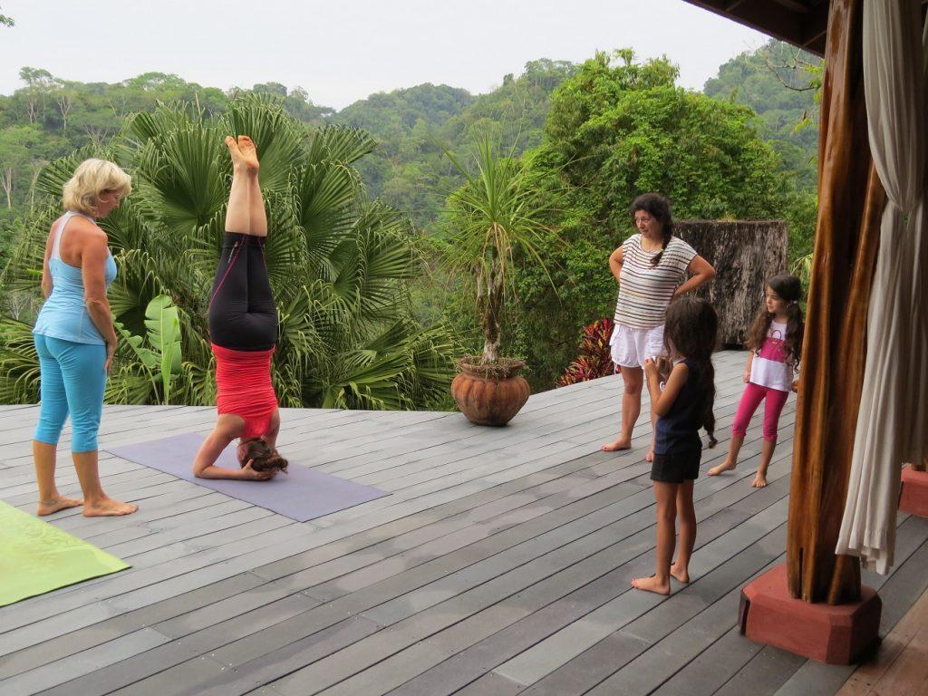 יוגה ומדיטציה באיזור קורקובדו בקוסטה ריקה