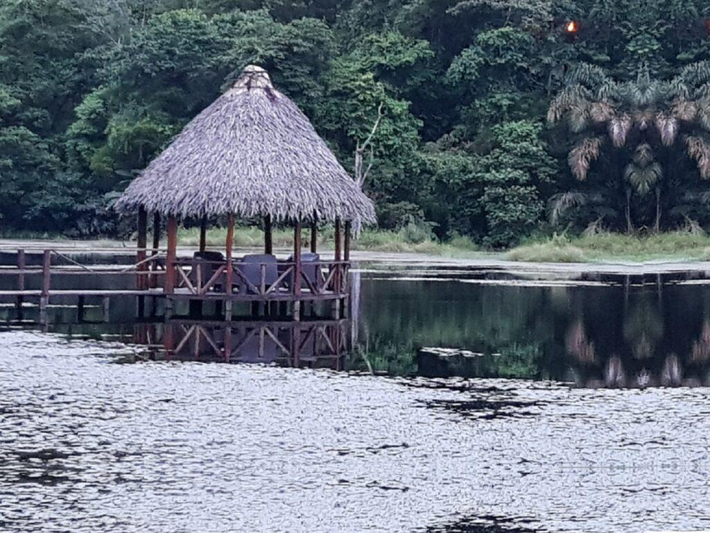 הלגונה המדהימה בבוקה טפאדה בקוסטה ריקה