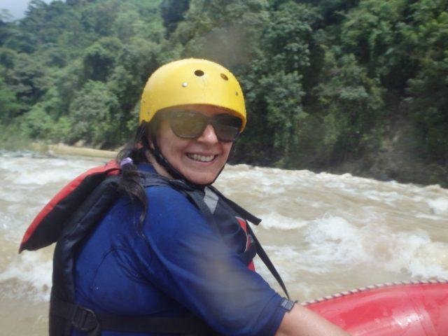 ורוניקה במסע רפטינג בנהר סבגרה
